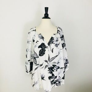 Floral 3/4 Sleeve Tunic